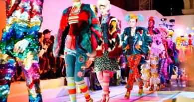 Plast a farby ako trend tohtoročnej jari