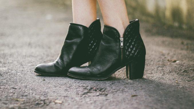 Ako vyčistiť kožené topánky