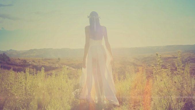 Aké šaty nosiť, keď nie je vaša postava ideálne?