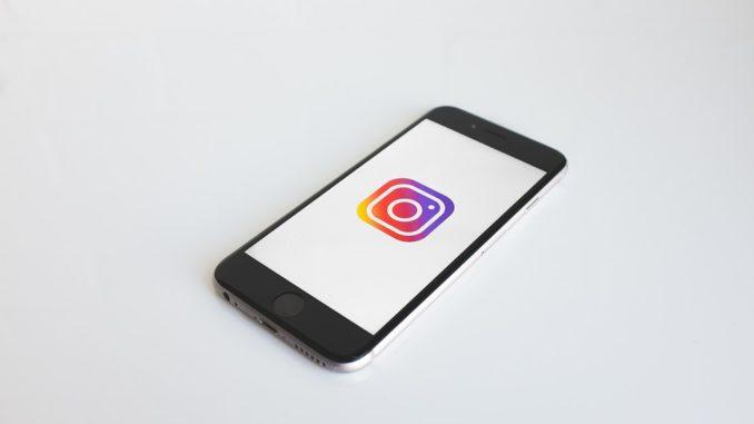 Ste na sociálnej sieti sledovaní? Zarobte si na tom!